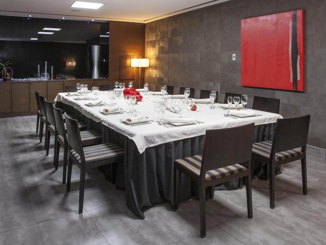 Salons pour c l bration de banquets zenit lleida for Salon de ja